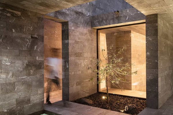 Atrium und Pool
